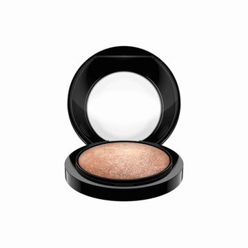 mac-mineral-skinfinish-global-glow-1188-mt1335_2
